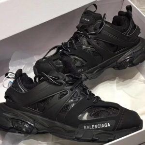Spectacular Deals on Balenciaga Track 2 Sneaker in Black,Red