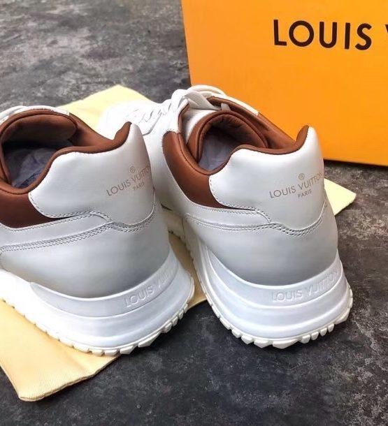 c15442cb6db Louis Vuitton White Sneaker 2018